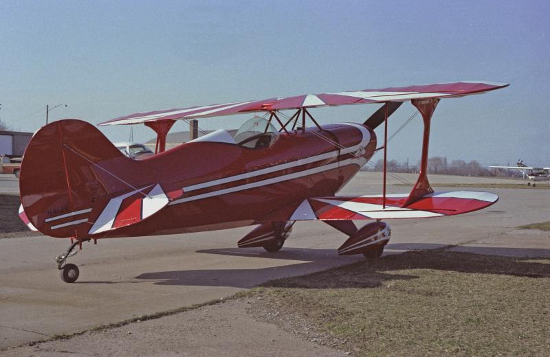 Name:  Pitts N41JV at Casement 1983_8, 800x520.jpg