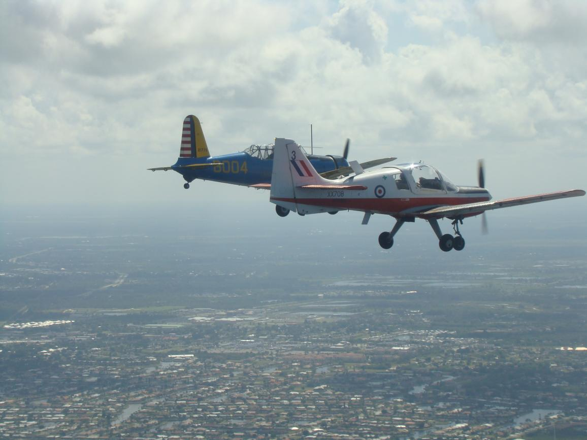 Name:  Warbird_Memorial_Day_Flight_over_Arcadia_and_Fish'ville_2011_(26).jpg